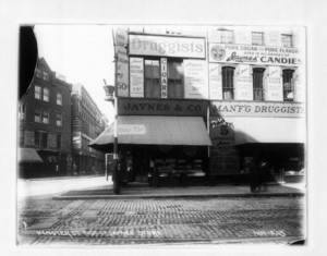 Hanover St. side of Jaynes' Store, 50 Washington St., Boston, Mass., November 12, 1905