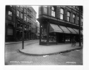 Sidewalk, 108 Washington St., Elm Street intersection, Boston, Mass., November 26, 1905