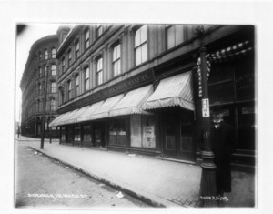 Sidewalk, 112 Washington St., Elm Street intersection, Boston, Mass., November 26, 1905