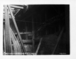 Work on south side Old State House, Boston, Mass., March 19, 1903
