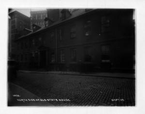 North side of Old State House, Boston, Mass., September 1905