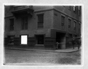 Corner of Old State House, State and Devonshire Streets, Boston, Mass., undated