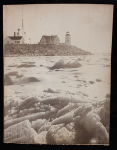 Wing's Neck Light at the entrance to the Cape Cod Canal