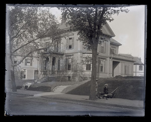 Chelsea, Mass. Glass Plate Negative Collection, 1906-1910. (PC069)