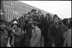 Anti-Vietnam War protesters and onlookers with cameras during the Counter-inaugural demonstrations, 1969