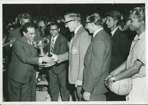 1965 Far East Tour, Steitz Receives Trophy