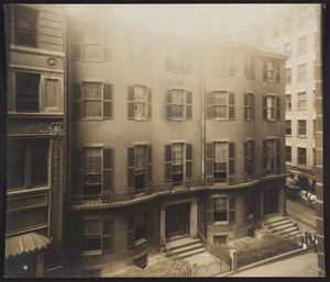 Exterior view of the Old City Club, corner of Beacon and Somerset Streets, Boston, Mass., October 1916