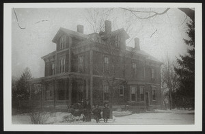 Group portrait of the Walter Brown Family, 42 Rangeley Road, Winchester, Mass., undated