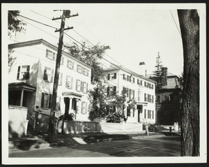 Exterior view of the Larkin and Boardman Houses, Middle Street, Portsmouth, New Hampshire, September 1924