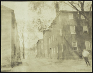 Exterior view of house, corner of Court and Atkinson Streets, Portsmouth, New Hampshire, 1906-1915