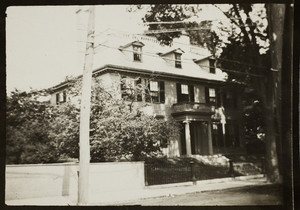 Exterior view of the Governor John Wentworth House, 346 Pleasant Street, Portsmouth, N.H., undated