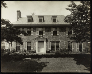 Exterior view of Jackson house, Chestnut Hill, Mass.