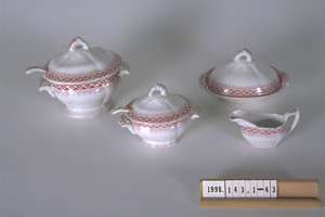 Covered tureen w/ ladle and stand