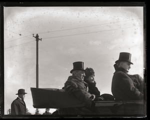 Woodrow Wilson's return from the Paris Peace Conference: Wilson, his wife, and other dignitaries riding in their car