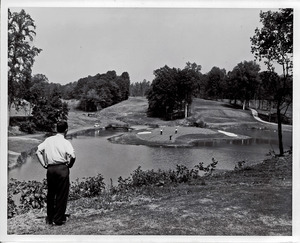 Photograph of The Golden Horseshoe Golf Course