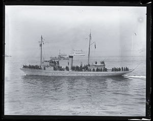 Woodrow Wilson's return from the Paris Peace Conference: unidentified cutter at Wilson's arrival in Boston