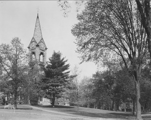 View of campus including Old Chapel and 1878 Class Tree