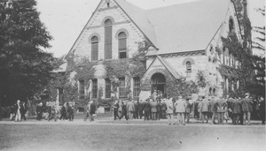 Class of 1913 gathering in front of the Old Chapel