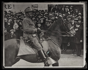 General Edward Lawrence Logan riding horse