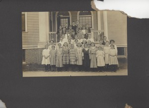 1908 Plainville Elementary Graduating class