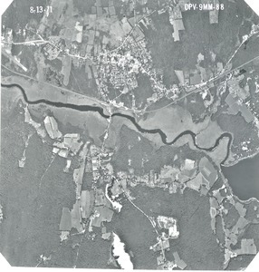 Worcester County: aerial photograph. dpv-9mm-88