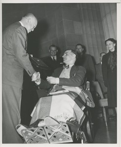 Dwight D. Eisenhower presents Harry E. Smithson with the 1953 President's Trophy
