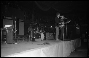 The Byrds on stage at Curry Hicks Cage