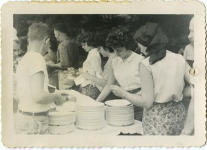 The buffet line at the picnic, Pine Beach