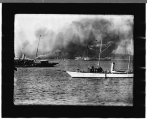 Fire at coal pocket with the schooner Jane Palmer, East Boston, Mass., Aug. 26, 1907
