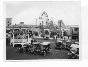 Amusement park and bandstand, Salisbury Beach, Mass., 1910
