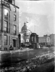 Remains of the Beebe House, center, next to the State House, Boston, Mass., March 1917