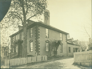 Exterior view, Wentworth-Gardner House, Portsmouth, N.H., before Nutting restoration
