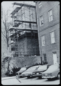 Construction of the Otis House annex