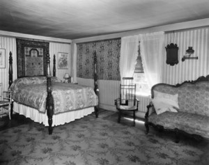 Dodd-Flagg House, Washington St., Hartford, Conn., Bedroom.