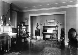 Holmes House, Rochester, Mass., Parlor.
