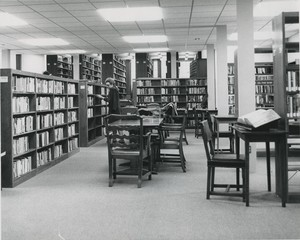 Jones Library Adult Reading Room