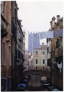 Side canal with laundry