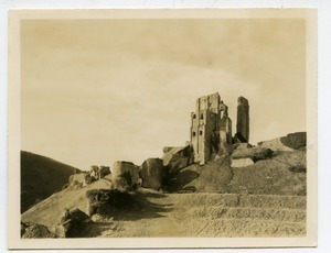 Corfe Castle tower remnants