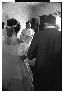 """Breakaway"" priest Fr. Pat Buckley celebrates a nuptial Mass in his Larne, Co. Antrim home"