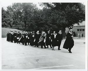 Honorary degree recipients and dignitaries in procession