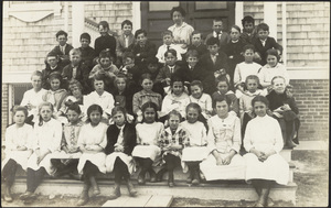 Sunset Avenue School class photo; Sunset Avenue
