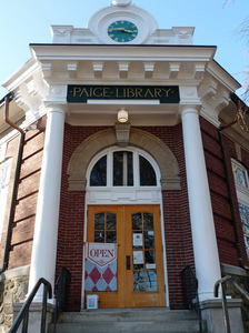 Paige Memorial Library: close-up of library entrance