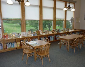 Belding Memorial Library: children's room