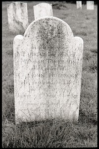 Gravestone of Abigail Holbrook Tomlinson (1797), Great Hill Cemetery