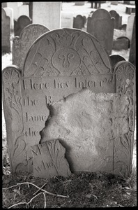 Gravestone of James Treat, Jr. (1742), Wethersfield Village Cemetery