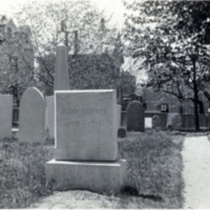 Western Burying Ground : Moll Pitcher grave