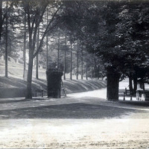 Pine Grove Cemetery : entrance to Pine Grove Cemetery