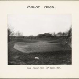 Mount Hood : clubhouse from 10th green
