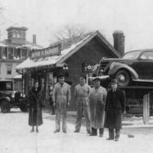 Arthur H. Saunders Gasoline Station, 40 Water Street, circa 1930s