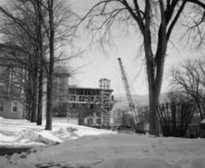 1956 addition to Stetson Library under construction
